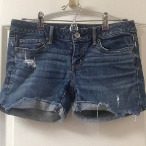 American Eagle 🦅 distressed denim shorts 4